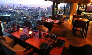 นั่งทานอาหารไทยรสเข้มข้นและค็อกเทลสูตรพิเศษที่สะท้อนความเป็นไทยบนชั้น 39 กับ Bangkok Heightz