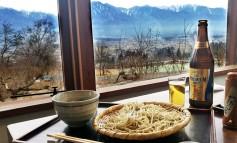 ทานโซบะเทพ ดื่มเบียร์ ชมเทือกเขาญี่ปุ่นกับร้านอันดับที่ 77 ของโลก Azumino Okina