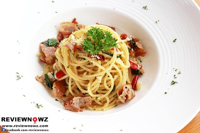 Spicy Bacon Spaghetti Aglio Olio