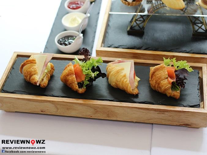 savoury croissant sandwiches