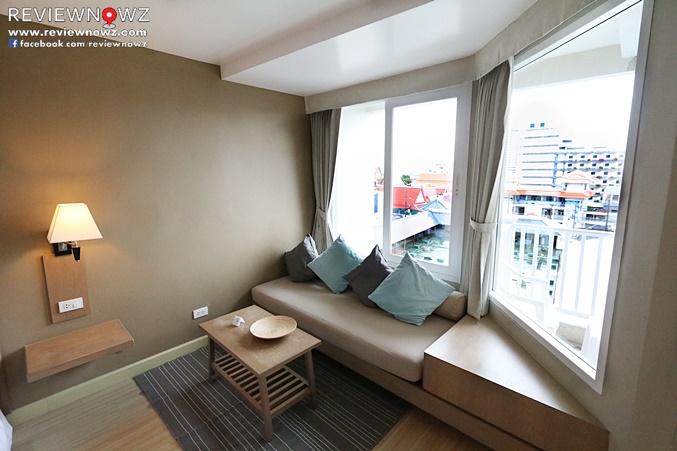 Deluxe Balcony Sofa