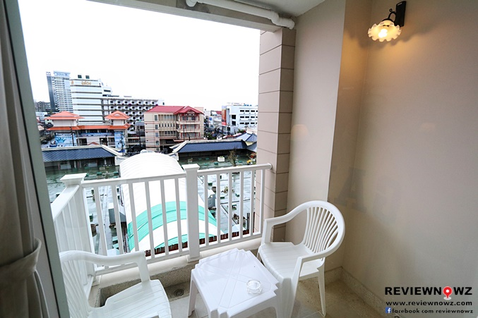 Deluxe Balcony 4