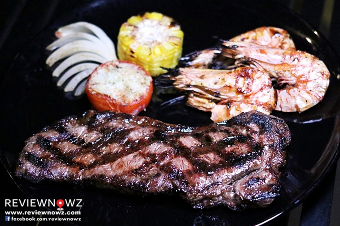Grilled Tiger Prawns / Grilled Australian Sirloin Beef