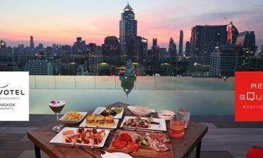 บาร์ดาดฟ้าที่มอบการพักผ่อนแบบสบายๆเป็นกันเองที่ Red Square Rooftop Bar, Novotel Bangkok Sukhumvit 4