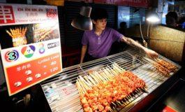 กินสตีทฟู้ดเยาวราชกับเมนูแกะย่างใหม่ๆร้อนๆหอมเครื่องสไตล์จีนรสเข้มข้นที่ร้าน ช่วนช่วนแกะย่าง