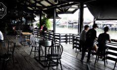 กินดื่มพร้อมชมบรรยากาศริมคลองบางกอกน้อยที่ Arelomdee Cafe บางกรวย ราชพฤกษ์