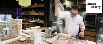 สดกว่านี้ก็ต้องไปโม่แป้งเองแล้ว! กับพาสต้าเส้นสด นวดกันเห็นๆ พร้อมปรุงอร่อยๆที่ About Eatery @ Asoke